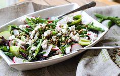 Little Broken | Green Detox Salad | http://www.littlebroken.com