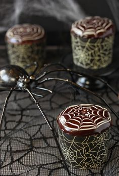 Spiderweb Cupcakes and Chocolate Spiders - SugarHero!