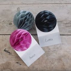 DIY: Party place cards by Søstrene Grene Paper Pom Poms, Party Places, Colorful Party, Summer Parties, Diy Videos, Party Themes, Party Ideas, Creative Inspiration, Christmas Ornaments