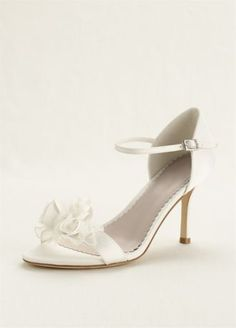 An ultra-feminine shoe that is perfect to wear on your special day! Melissa Sweet Style MS650003 at David's Bridal.