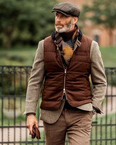 edgy mens fashion that look cool. Older Mens Fashion, Mens Fashion Casual Shoes, Mens Fashion Suits, Men Casual, Casual Outfits, Look Fashion, Winter Fashion, Look Man, Neue Outfits