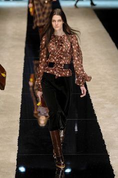 D&G Fall 2008 Runway Pictures - StyleBistro