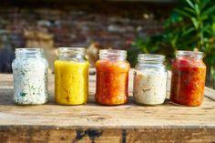 Svačiny do školy – pět úžasných pomazánek Quick Meals, Tapas, Mason Jars, Food, Fast Meals, Fast Foods, Essen, Mason Jar, Meals