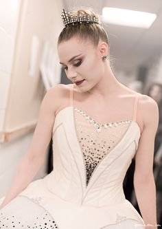 New York City Ballet, ballerinas, dancers, stage, backstage, costume / Garance Doré