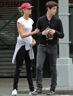 Karlie Kloss & her boyfriend Joshua Kushner spotted on Sunday May, 22 in NYC. #streetstyle