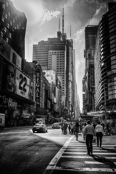 Streets of NYC IV by jarno savinen on 500px