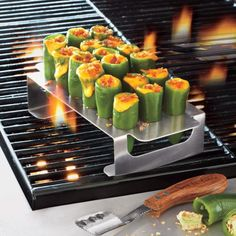 Steve Raichlen's Grilled Jalapeño Poppers - Sur La Table Grilled Jalapeno Poppers, Jalapeno Popper Recipes, Stuffed Jalapeno Peppers, Barbecue Recipes, Grilling Recipes, Bbq, Best Appetizers, Appetizer Recipes, Poppers Recipe