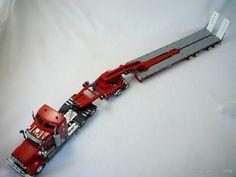 C'est la rentrée des MINIATURES ! Le fabricant de miniatures #DRAKE qui vous propose ce camion tracteur Routier #Kenworth T909 avec sa Remorque intermédiaire 2X8 Dolly et sa Remorque principale 4X8 Swingwing http://www.freeway01.com/miniature-camion-kenworth-pxl-18_53.html