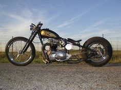 Triumph | Bobber Inspiration - Bobbers and Custom Motorcycles | the-ghost-darkness October 2014