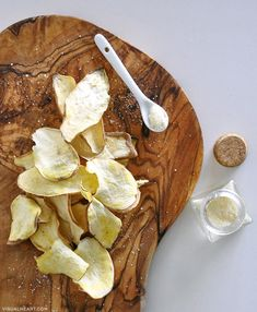 Guilt-free dehydrated potato chips, a healthy alternative to regular potato chips. These home made chips are super crunchy, easy to make and guilt-free.