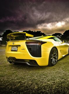 Lexus LFA - Yellow Car
