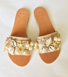 "Slip On Sandals, Boho sandals"" Mermaids"" with Pearls, Shells, Preziosa Crystals,. Cute Slippers, Sandals Outfit, Studded Heels, Shoe Art, Water Shoes, Toe Rings, Kind Mode, Leather Sandals, Wedge Shoes"