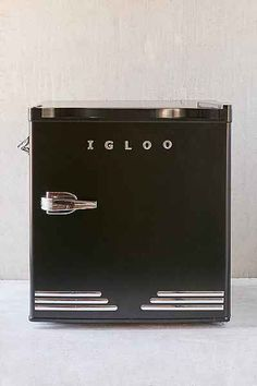 if i had a beer fridge, i'd want it to be this little cutie. even has an opener on the side. igloo mini fridge at urban outfitters.
