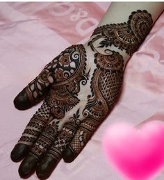 Mehndi design makes hand beautiful and fabulous. Here, you will see awesome and Simple Mehndi Designs For Hands. Khafif Mehndi Design, Henna Art Designs, Mehndi Designs For Girls, Mehndi Designs 2018, Mehndi Designs For Beginners, Stylish Mehndi Designs, Dulhan Mehndi Designs, Mehndi Designs For Fingers, Wedding Mehndi Designs