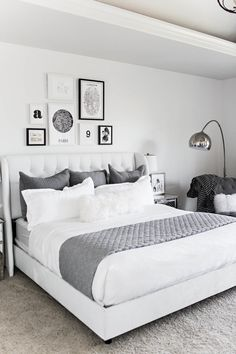 32 Beautiful Bedroom Decor Ideas for Compact Departments; For smart small apartment decorating ideas on a budget, look to accessories. bedroom decor ideas for teens. Gallery Wall Bedroom, Room Ideas Bedroom, Small Room Bedroom, Home Decor Bedroom, Modern Bedroom, Teen Bedroom, Master Bedroom, White Bedroom Decor, Girl Bedrooms