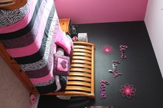 Almost have my daughters hot pink and black zebra room done, it came out pretty well and she loves it thank Heavens.