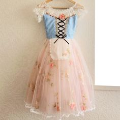Romantic tutu so lovely Girls Dance Costumes, Tutu Costumes, Ballet Costumes, Costume Dress, Cool Costumes, Dance Outfits, Ballet Tutu, Ballet Shoes, Long Tutu