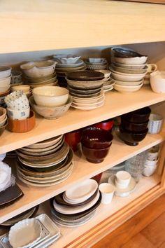 1点1点に思い入れのある和食器。作家さんとの出会いも楽しみのひとつ。Love bowls, so useful in the kitchen and so beautiful also they take minimal space.