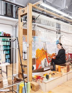 Naomi Robertson, master weaver and tapestry studio manager at Dovecot Studios in Edinburgh, a converted swimming baths on Infirmary Street. Tapestry Loom, Textile Tapestry, Tapestry Design, Textile Art, Weaving Textiles, Weaving Art, Loom Weaving, Hand Weaving, Contemporary Tapestries