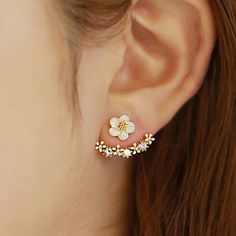 Crystal Stud Earrings Boucle d'oreille Femme 2016 Fashion Flower Earrings for Women Gold Bijoux Jewelry Brincos Pendientes Mujer, Gold and White Cute Stud Earrings, Cuff Earrings, Simple Earrings, Flower Earrings, Diamond Earrings, Flower Stud, Silver Earrings, Jacket Earrings, Ear Jacket
