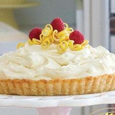 Recipe: Lemon Mousse Tart Mounds of creamy lemon filling will… Lemon Curd Pie, Lemon Mousse, Lemon Filling, Lemon Desserts, Just Desserts, Delicious Desserts, Yummy Food, Lemon Cakes, Unique Desserts