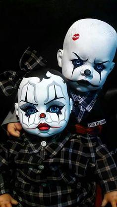 On some g shith Clown Faces, Creepy Clown, Creepy Dolls, Scary, Arte Cholo, Cholo Art, Chicano Tattoos, Chicano Art, Evil Clown Tattoos