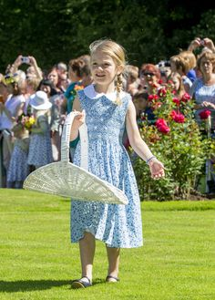 Princess Estelle of Sweden, 5, attending the 40th birthday of her mother, Crown Princess Victoria, at Solliden Palace in Borgholm, Sweden • She's the elder child & only daughter of Crown Princess Victoria of Sweden & her husband, Prince Daniel. She's the 2nd in Line of Succession to the Swedish Throne |  Princess Estelle is often spotted in chic florals, like Princess Charlotte.