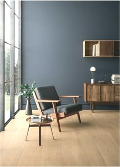 Include rate of interest to your living room with a fresh paint color. Surf our living room shade inspiration gallery to locate living area ideas & paint colors Living Room Paint, My Living Room, Small Living, Living Area, Home Interior, Interior Design, Discount Home Decor, Home Design, Paint Colors
