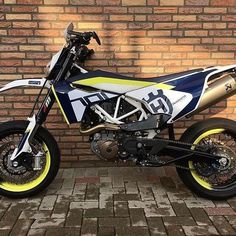 Husqvarna 701 Supermoto by @crazy_monkeys_racing Did you sign up yet for the 2017 #701rideout at www.701supermoto.com ? #husqvarna #701rideout #701supermoto #supermotocentral #supermoto #supermotard