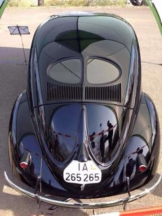 "VW Fusca Beetle ""Split Window"" - 1940's"