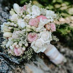 Wedding Pins, Floral Wreath, Wreaths, Instagram, Decor, Floral Crown, Decoration, Door Wreaths, Deco Mesh Wreaths