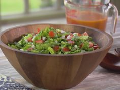 Get this all-star, easy-to-follow Green Salad with French Dressing recipe from Trisha Yearwood