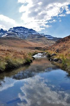 Drakensberg, South Africa (by maevakilla)  Beautiful!!! Things you only dream about!