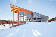 Wolf Creek Red Tail :: Johnston Architects