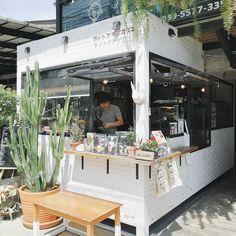 Japanese Coffee Shop, Small Coffee Shop, Coffee Store, Cafe Shop Design, Small Cafe Design, Cafe Interior Design, Cafe Restaurant, Restaurant Design, Modern Restaurant