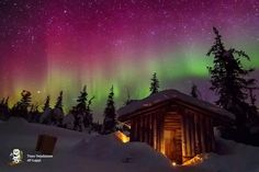 A hut in Lapland and northern lights -  Beautiful!! (Finland)