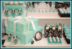 Tiffany & co themed party. Very breakfast at Tiffany's Tiffany E Co, Tiffany Sweet 16, Tiffany Blue Party, Tiffany Birthday Party, Tiffany Theme, First Birthday Party Themes, Tiffany Wedding, 16th Birthday, Birthday Parties