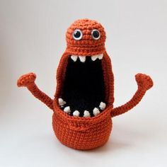 Floyd the monster amigurumi pattern by The Itsy Bitsy Spider