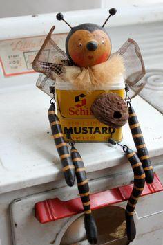 Bumble Bee vintage tin can, handmade artist USA, Kathy's Holiday Ocean City NJ