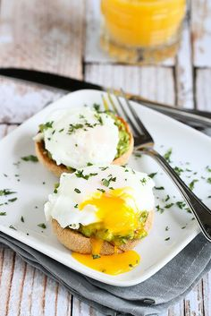 Chipotle Guacamole Eggs Benedict Recipe...this heart-healthy version is packed with flavor! | cookincanuck.com