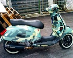 Vespa 300, Vespa Sprint, Vespa Lambretta, Vespa Scooters, Royal Enfield Classic 350cc, Scooter Custom, Anime Films, Tricycle, Cool Bikes