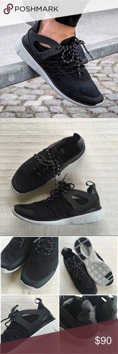 reebok sporterra classic - Nike Air Max Thea Premium Leather The Nike Air Max Thea Women's ...