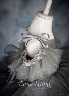 Silver Gleam by Anna Triant Couture Silver Gleam by Anna Triant Couture Little Girl Gowns, Gowns For Girls, Little Girl Dresses, Flower Girl Dresses, Girls Party Outfits, Baby Boy Outfits, Baby Girl Fashion, Kids Fashion, Pinterest Baby