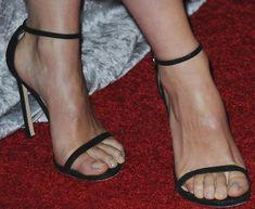 "Olivia Wilde Honors Female Journalists in Stuart Weitzman ""Nudist"" Sandals"