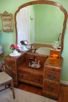 Lovely Deco Waterfall Vanity Mirror and Bench by MeritageMart, $485.00