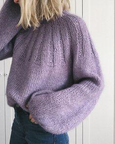 PetiteKnit - we love it! Knit Fashion, Fashion Outfits, Sweater Weather, Casual, Knitwear, Knit Crochet, Knitting Patterns, Winter Fashion, Cute Outfits