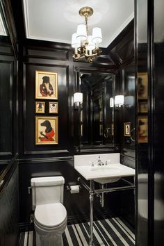 Traditional Powder Room by Ofer Wolberger, LTD. Black lacquered powder room with regal dog prints Bad Inspiration, Bathroom Inspiration, Interior Inspiration, Black Powder Room, Powder Rooms, Gold Powder, Bath Powder, Casa Rock, Br House