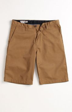 164384664b 106 Best Bermuda shorts Men images | Mens boardshorts, Man fashion ...