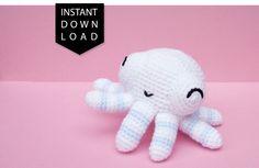 Easy crochet pattern for Octobubble, the cute baby amigurumi octopus.