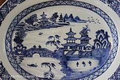 Coppia di antichi piatti cinesi in porcellana #Antiquariato #chinoiserie #vintage #antique http://www.palazzotorlo.it